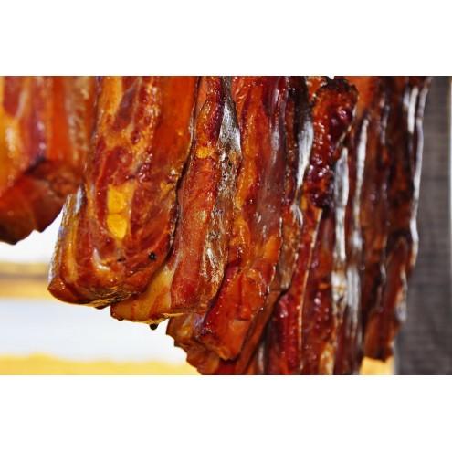 Минимум специй и соль - каким получится горячее копчение свинины?